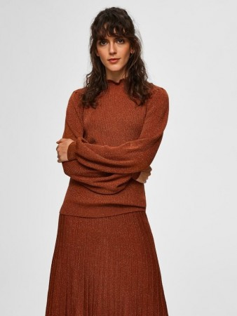 Selected Femme - Zamba Ls Knit Lurex Frill Neck Brun / Ginger Bread