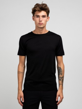 GREATER THAN A - CURVE WOOL TEE CREW BLACK